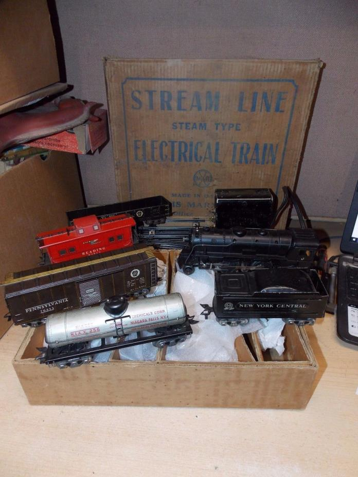 LOUIS MARX & CO STREAM LINE STEAM TYPE ELECTRIC TRAIN SET 999 ENGINE & 5 CARS