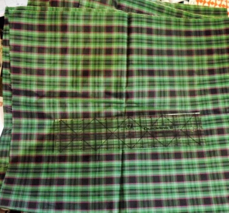 Vintage Green Plaid Tartan Taffeta Fabric Crinkle Swoosh Make Doll Dress 2 Y
