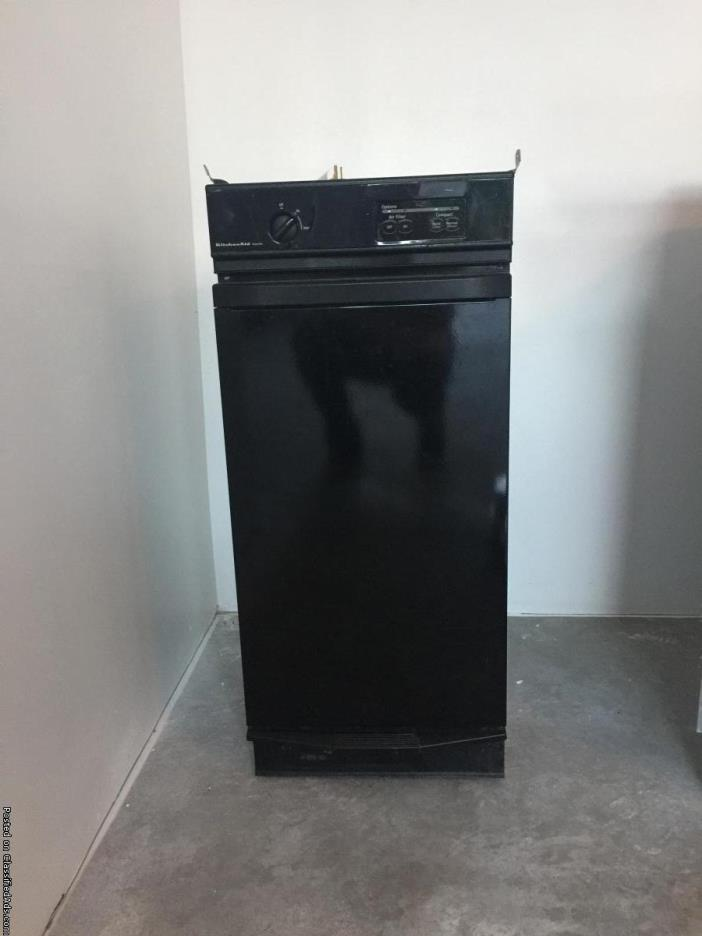 Kitchen Aid Trash Compactor For Sale Classifieds