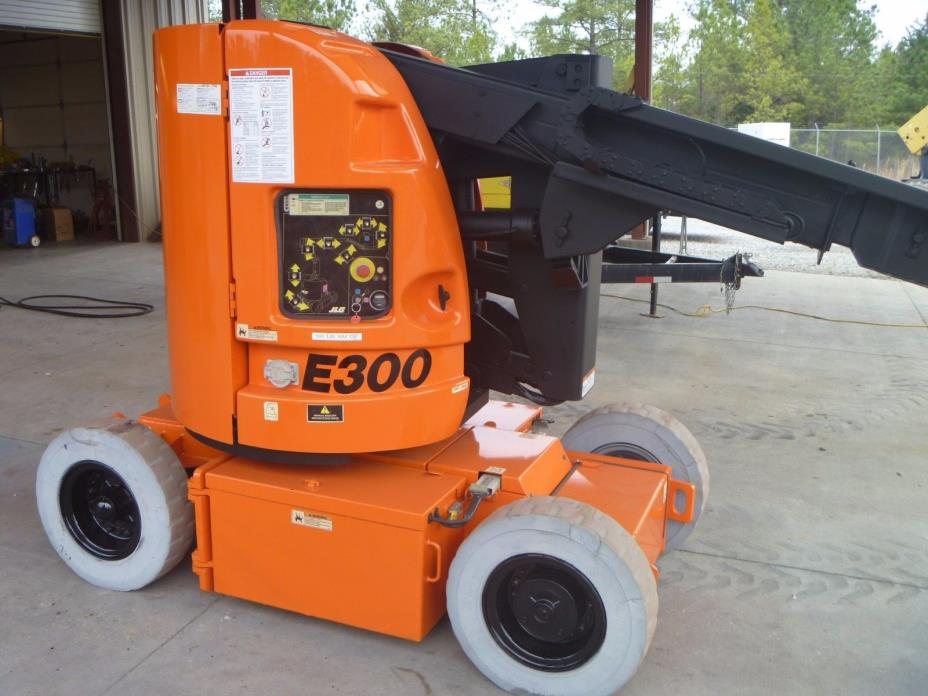 2006 JLG 300AJP Artuculating Boom Lift Electric Manlift