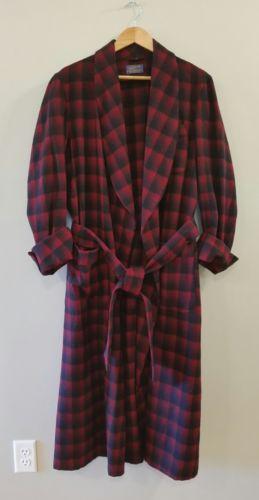 Pendleton Red Black Shadow Plaid Wool Belted Sleep Bath Robe Men's Medium USA