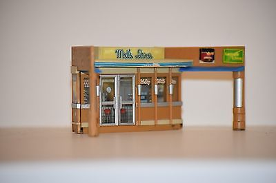 1:64 S Scale Mel's Diner Front Section Motormax American Graffiti diorama