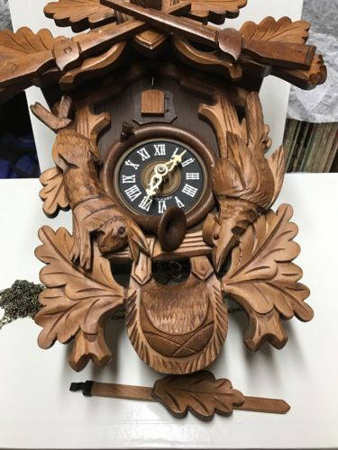 Vintage Regula Albert Schwab Karlsruhe Hunters Cuckoo Clock - Germany