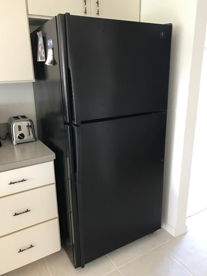 Refrigerator (Maytag), stove and Microwave (Whirlpool) (Black) Used