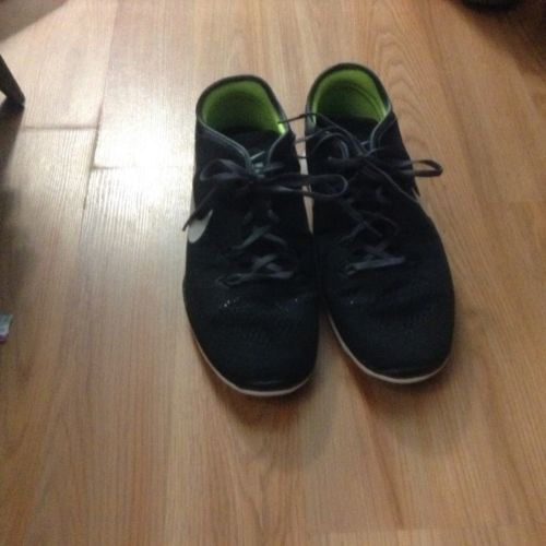 womens nike shoes Size 13