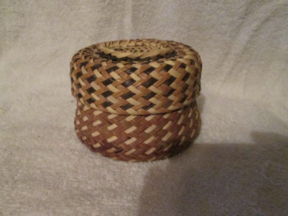 Vintage TARAHUMARA MEXICO BASKET With Lid