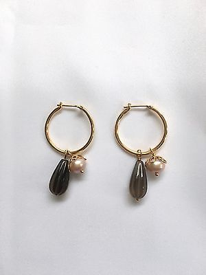 Pandora 14K YG hoop earring with pink pearl and smoky quartz (250295SQ). New.