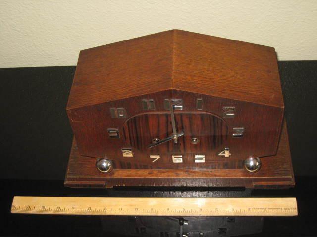 Vintage Junghans 8 Day Table / Mantel Deusch Clock. Serviced