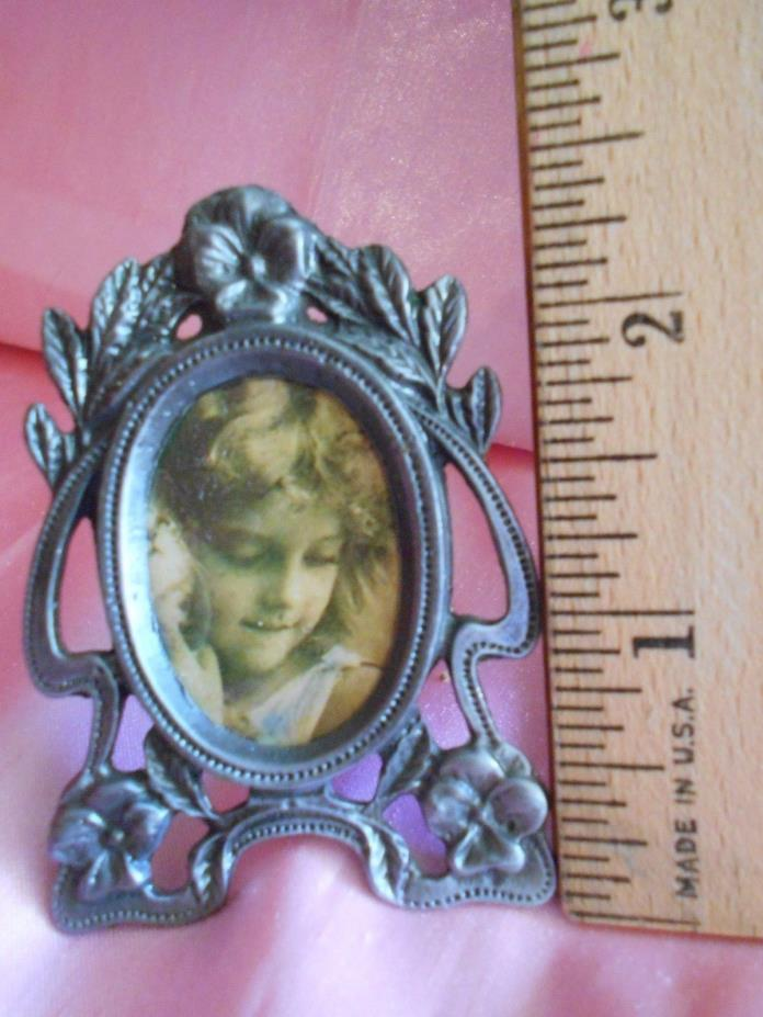 BEAUTIFUL Antique  Mini Easel Picture Frame Vintage Miniature Art Nouveau