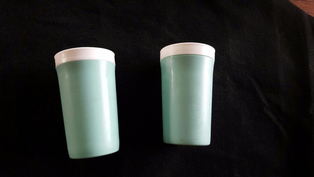 Two Vintage turquoise blue plastic tumblers