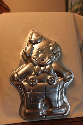 Wilton Cake Pan 2105-6711 Clown from 1993