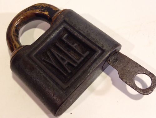 Antique Lock & Key YALE & TOWNE Y&T Stamford Conn. Works Great! Padlock