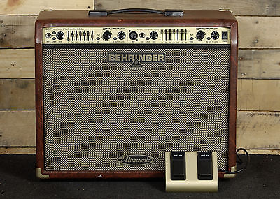 Behringer Ultracoustic ACX900 Acoustic Guitar Combo Amplifier