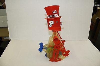 MR MACHINE by IDEAL, 1977 Vintage Wind-up Toy Robot (023)
