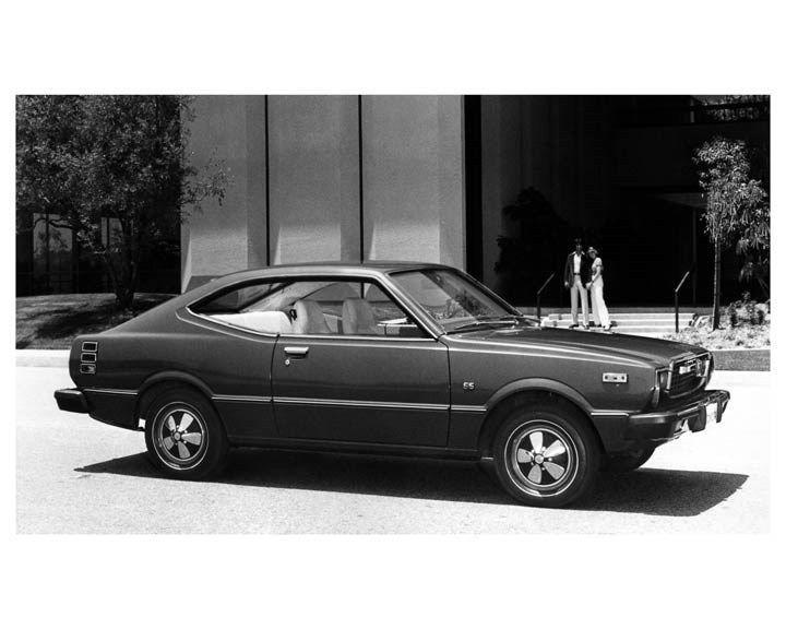 1975 Toyota Corolla Two Door Hardtop ORIGINAL Factory Photo oub1328