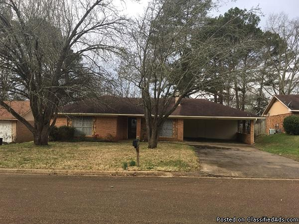 Lease Purchase This 3 BR Fixer-Upper in Jackson