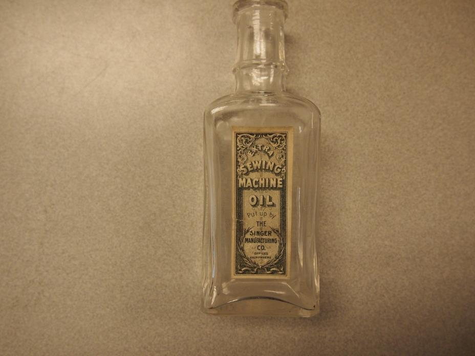 Antique SINGER SEWING MACHINE OIL BOTTLE - VERY EARLY LABELED