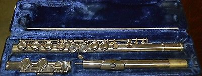 Armstrong 104 Flute WITH HARD CASE