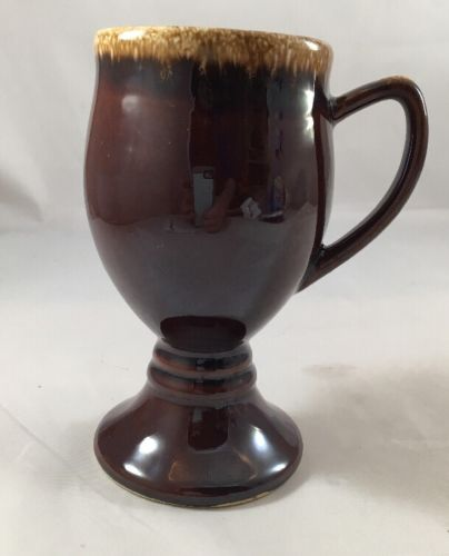 HULL POTTERY GRAND MUG 6'' BROWN DRIP