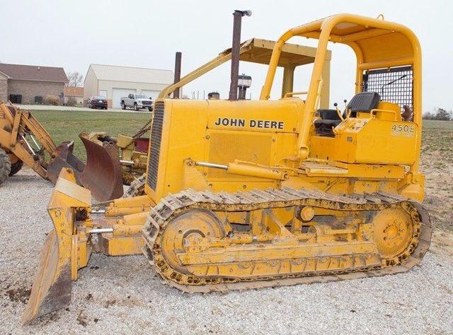 John Deere 450E Dozer