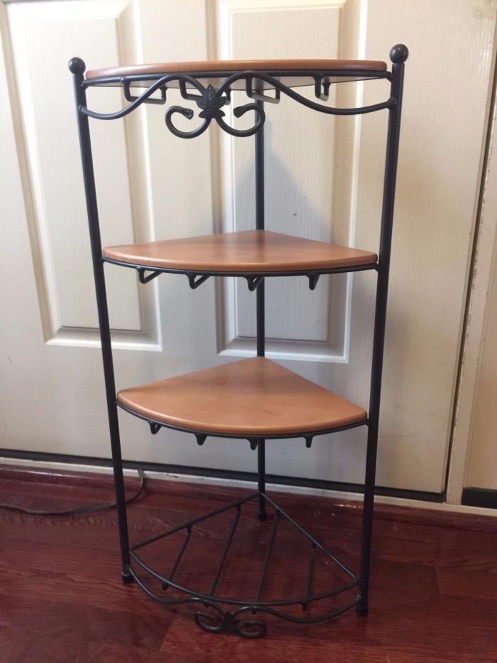 longaberger wrought iron shelves for sale classifieds. Black Bedroom Furniture Sets. Home Design Ideas
