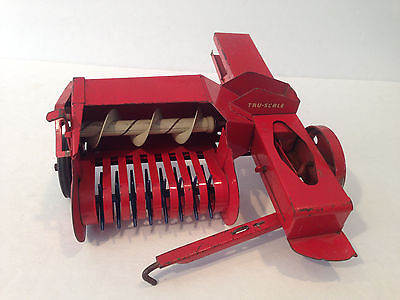 VINTAGE TRU SCALE HAY BALER FARM TOY TRACTOR IMPLEMENT 1/16 SCALE