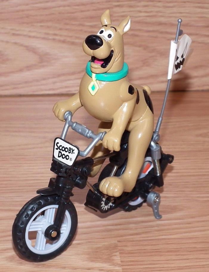 Vintage 1996 Hanna Barbera Scooby-Doo On BMX Bike Figurine Toy *READ*