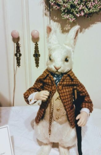 R. John Wright White Rabbit MIB -