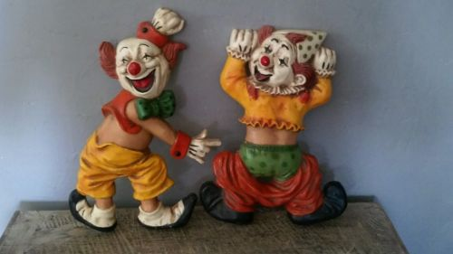 Set of two Homco wall decorative clowns, boys, girls