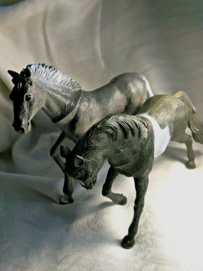 Two Plastic Horses Figures Black and Gray
