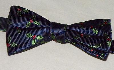 NEW Croft & Barrow Pre Tied Adjustable Holiday Bow Tie Mistletoe Blue Green Red