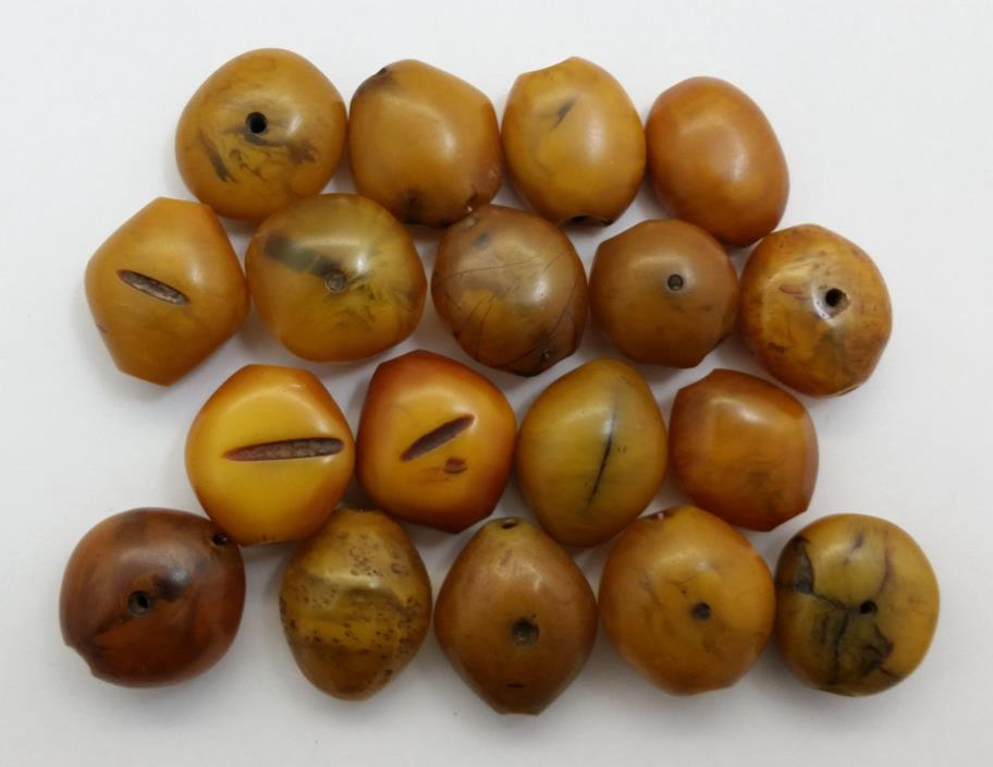 Vintage MEDIUM Moroccan/Mauritanian/African Oblong/Oval Shape Manmade Amber Bead