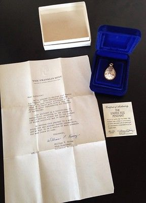 Franklin Mint Easter Egg Pendant Bisque Porcelain 24K Gilded ~ 1978 Certificate