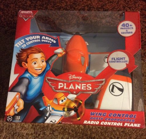 Disney Planes Wing Control Dusty Crophopper Radio Control Plane - NEW