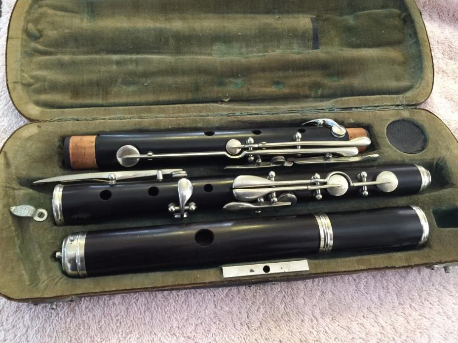VINTAGE WOODEN FLUTE MADE IN GERMANY WITH CASE!!!