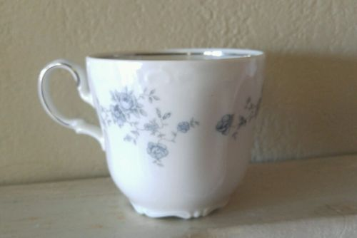 Vintage Johann Haviland Bavaria Germany Blue Garland Flat Cup Exc Cond!