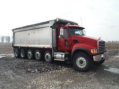 2007 Mack Truck CV713 Granite Quinn Dump 3 Lift Axles