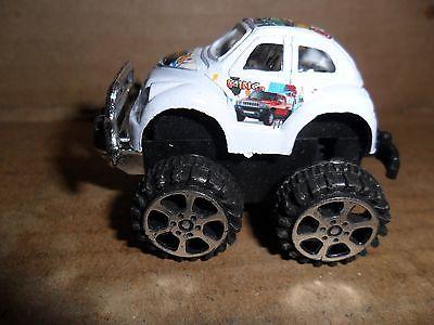 PLASTIC VOLKSWAGON BEETLE-OUTDO MONSTER TRUCK CAR