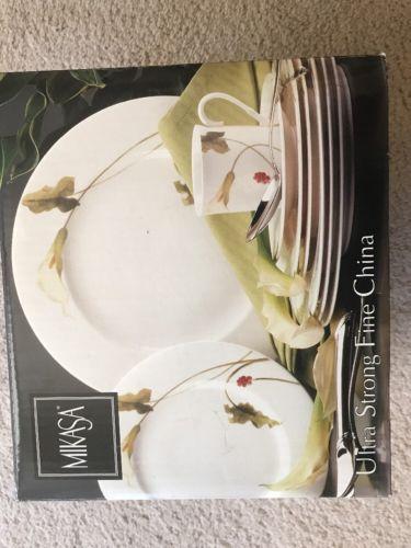 Mikasa 20 Pc Dish Set For 4