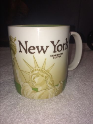 2010 Starbucks Collector Series New York City Statue of Liberty 16 oz Coffee Mug
