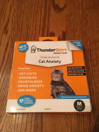 Thundershirt Cats Size Medium, Gray, Gently Used