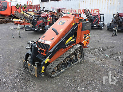 2015 Ditch Witch SK850 Mini Skid Steer... Only 331 Hours