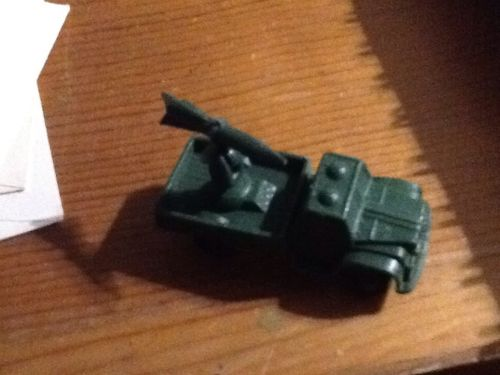 1&3/4 Th Inch Green Antique Army Gunner Truck, With Moving Missile Plastic Toy