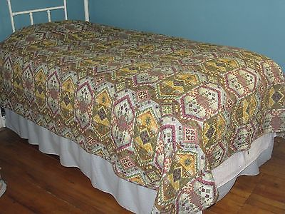 Stunning Bedspread / Quilt Gold / Brown, Pale Aqua Green Backing Machine Quilted