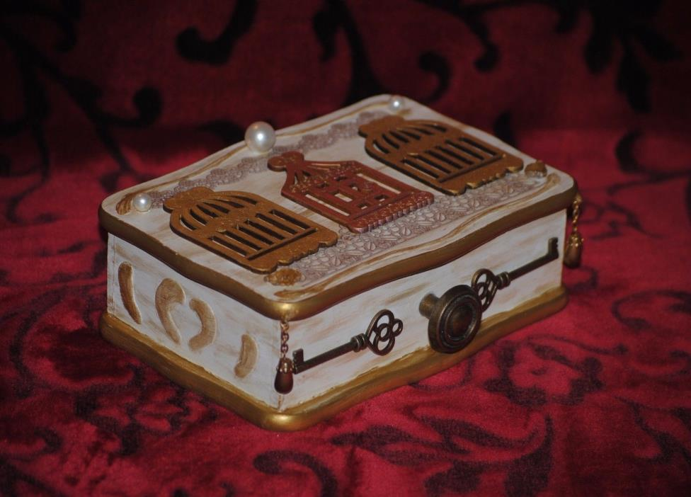 Steampunk shabby chic Jewelry box Skeleton Key, birdcage, pearls. White & gold