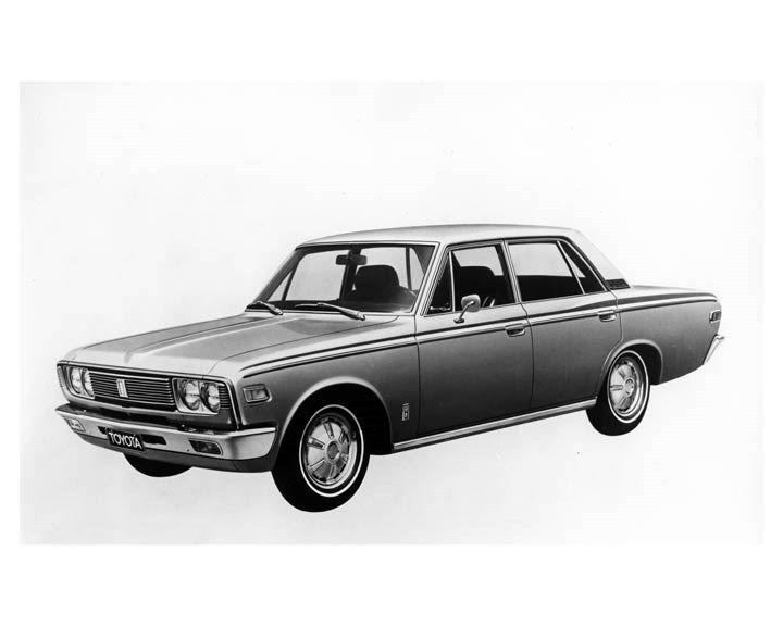 1970 Toyota Crown 4 Door Sedan ORIGINAL Factory Photo oub2252
