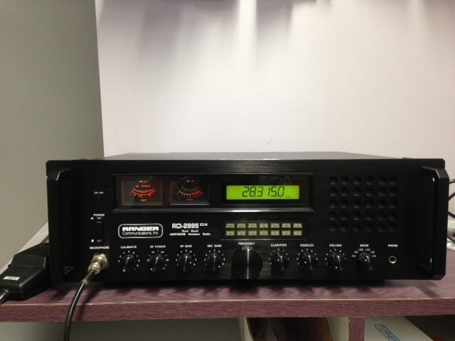 Ranger RCI2995DX AM-FM-SSB-CW 10 & 12 Mtr Base Station Radio