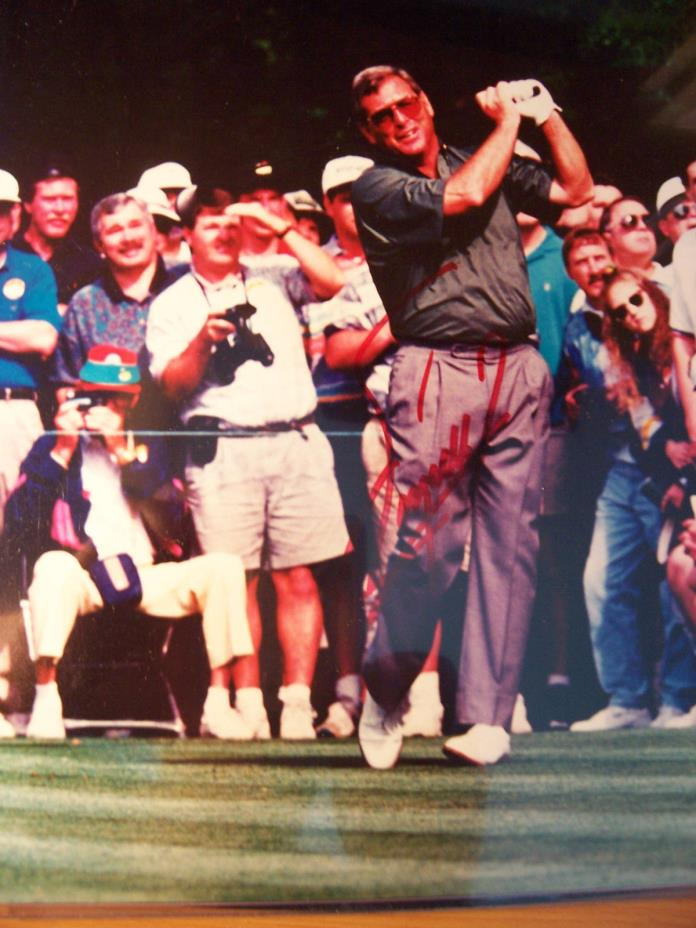 FUZZY ZOELLER HAND SIGNED  8X10 AT THE MASTERS