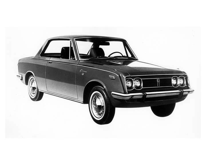 1970 Toyota Corona 2 Door Hardtop ORIGINAL Factory Photo oub2260
