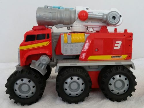 Matchbox - Smoky the Interactive Fire Truck - Talks, Transforms, mouth moves